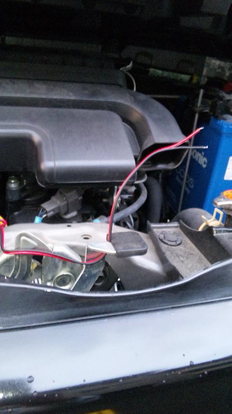 イグナイターが落ちないように、配線を適当な箇所に引っ掛ける